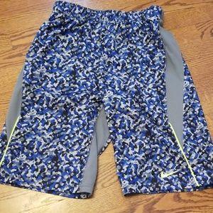 Nike boys dri fit size Xl athletic shorts